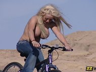 Savannah Gold Riding A Bi...