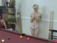 Amateur sluts playing strip pool