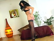 Mili Jay masturbates in s...