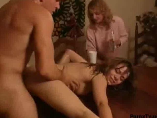 Drunken girl enjoys the fuck01