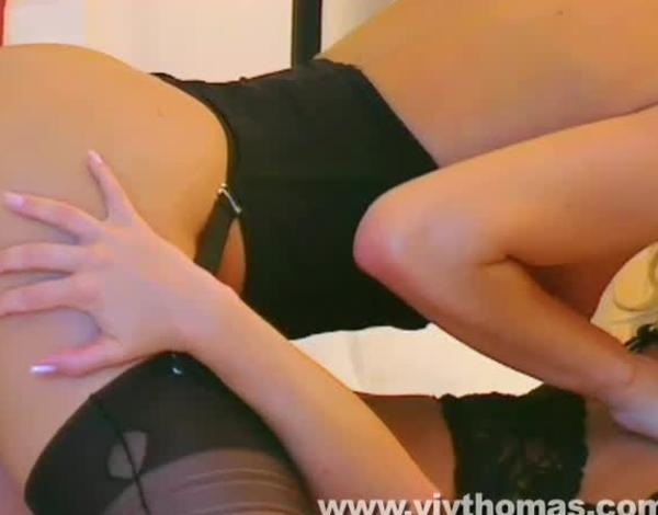 vivthomas.com lesbian girlongirl babes orgasm pussylicking fin