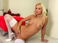 Hot MILF Jana Cova masturbates in stockings