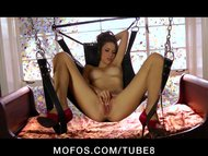 NATURAL TIT BRUNETTE TEEN MASTURBATES WITH TOYS SUSPENDED IN AIR