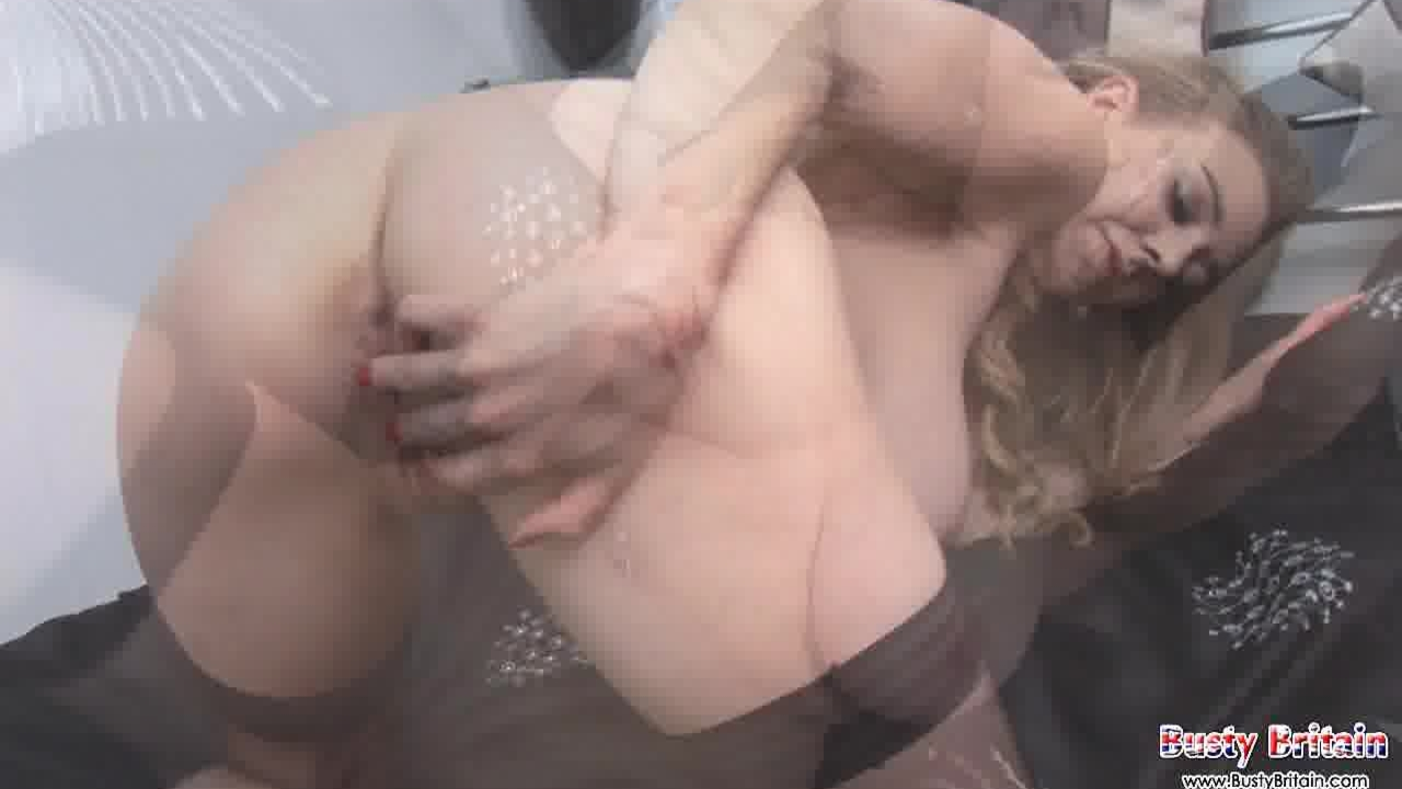 Sexy Sapphire Plays With Melons Twat
