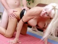 Cougar fucked deep by ins...