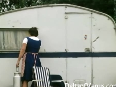 Retro Porn 1970s Hairy Brunette Teen Camper Coupling