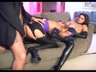 Threesome fetish sex in l...
