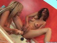 Horny lesbian naked chick...