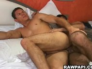 Papi Gay Barebacking Acti...
