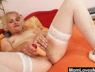 Mature Dominika old pussy gapi