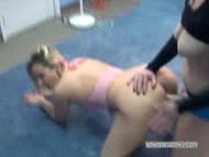 Strapon Mariah fucks a co...