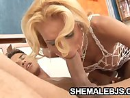 Hot shemale Grazielle giving a hot blowjob