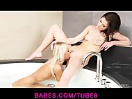 Two stunning girlfriends take a bath together