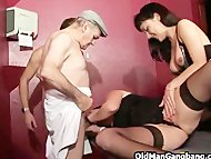 Swing club orgy with old ...