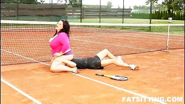 Face smothering at the tennis court with 120kg bitch