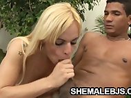 Shemale Thays Schiavinato takes hold of a hard cock