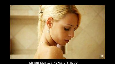 Skinny blonde Erica Fontes shower orgasm