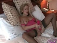 Sexy UK pornstar Kaz B di...