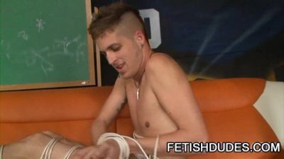 A Gay Fetish Lesson In Whipping By The Master Gabriel Dalessandro