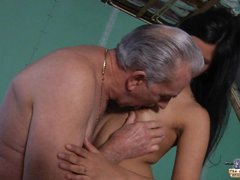 Old teacher gets a Sex break from young student