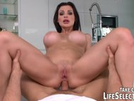 Meet Aletta Ocean and be ...