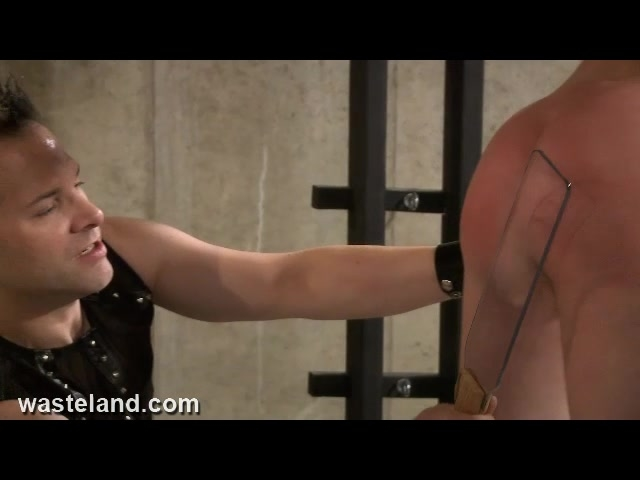 Wasteland.com BDSM Expert Flogging - MaleDom Whips female submissive