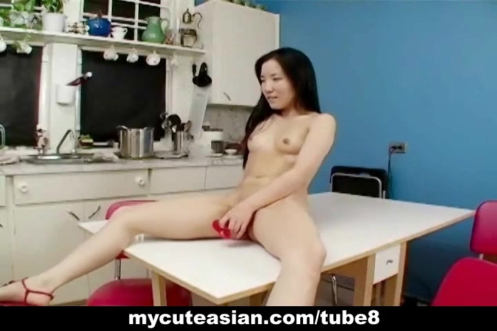 Asian amateur gets dirty in the kitchen