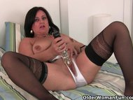 Hard nippled milf wears stocki