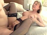 Big boobed blonde milf in…