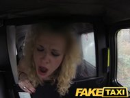 FakeTaxi Prague tourist does a