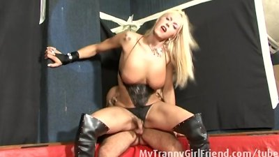Blonde tranny ass fucked