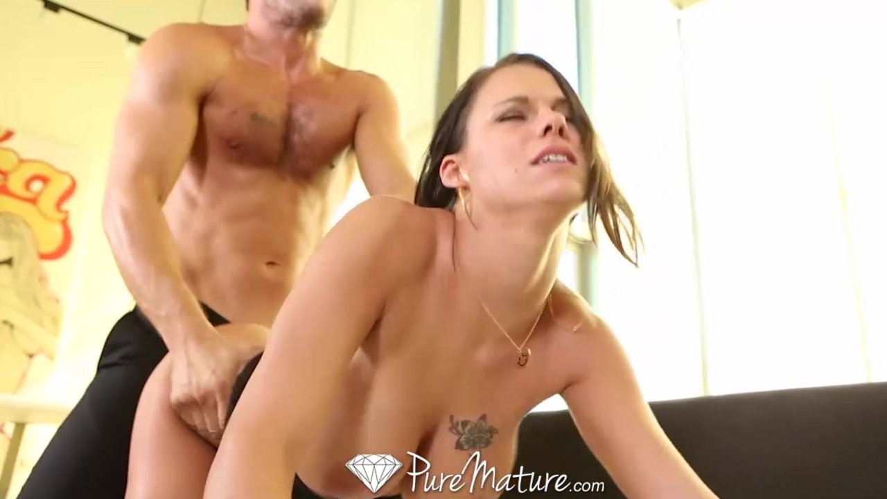 HD - PureMature Peta Jensen strips off black dress to fuck