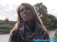 Torbe presenta : Raquel love follando en su casa después de chupar una polla en la calle - Rasuradas Video XXX