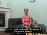 FakeAgent Cute babe shows...