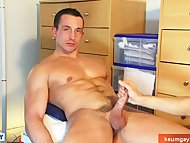 A real heterosexual guy get wanked his huge cock by a guy in spite of him !
