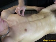 Amateur jock gets a bj at his massage