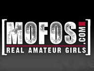 Mofos - Hot teens work it on the street