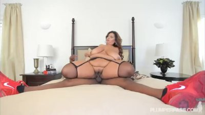 Plump Cutie Sofia Rose Takes on A BBC
