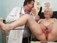 - Chubby blond mom hairy...