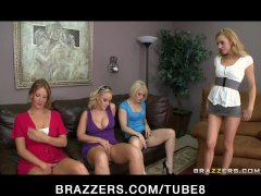 - YOUNG BUSTY TEEN BLOND...
