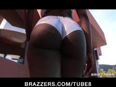 Horny bigtit  ass black pornstar slut is anally assfucked hard