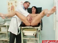 - Hot domina lady perfor...
