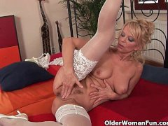 - Over 50 milf Merilyn w...