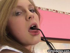 Teen Phoebe Licks Her Piss