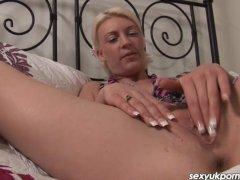 - Sexy British blonde Cy...