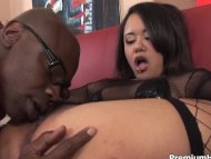 Fine chick gets railed in...