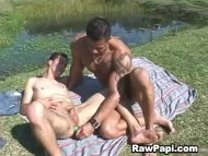 Mr. muscle gives latino d...