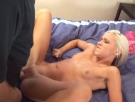 Blonde Model Talks And Ma...