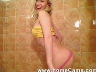 Blonde Amateur With Perfe...