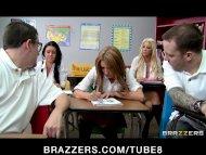 BIG TIT BLONDE SCHOOL GIR...